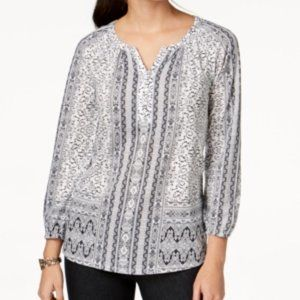 Mix of prints and bubble sleeves VT29